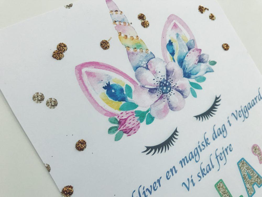 Isabellas 7 års enhjørning invitationer